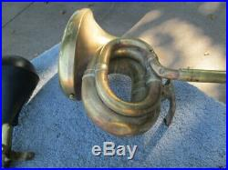 Vintage Early Teens Antique Squeeze Bulb Brass Horn, Very Nice And Very Rare