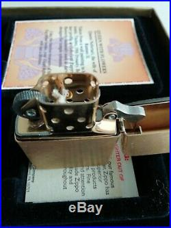 Zippo Lighter Treasure From the Tomb Queen Nefertari very rare